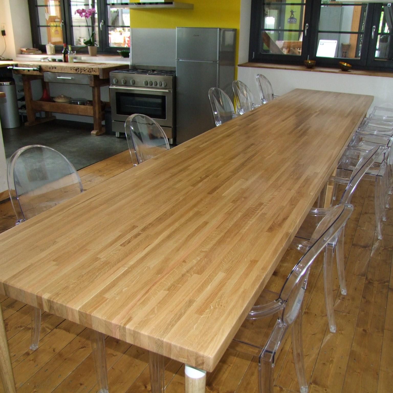 Table en chêne lamellé collé